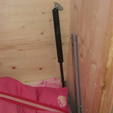Сломан 582 механизм для шкаф-кровати верхняя ось