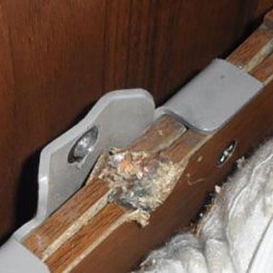 Сломан 582 механизм для шкаф-кровати нижняя ось